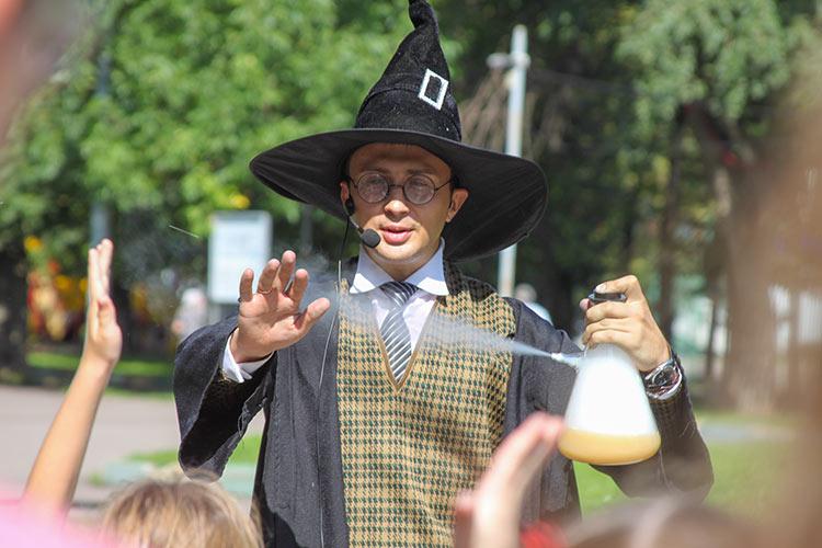 Гарри Поттер с сумасшедшей газировкой
